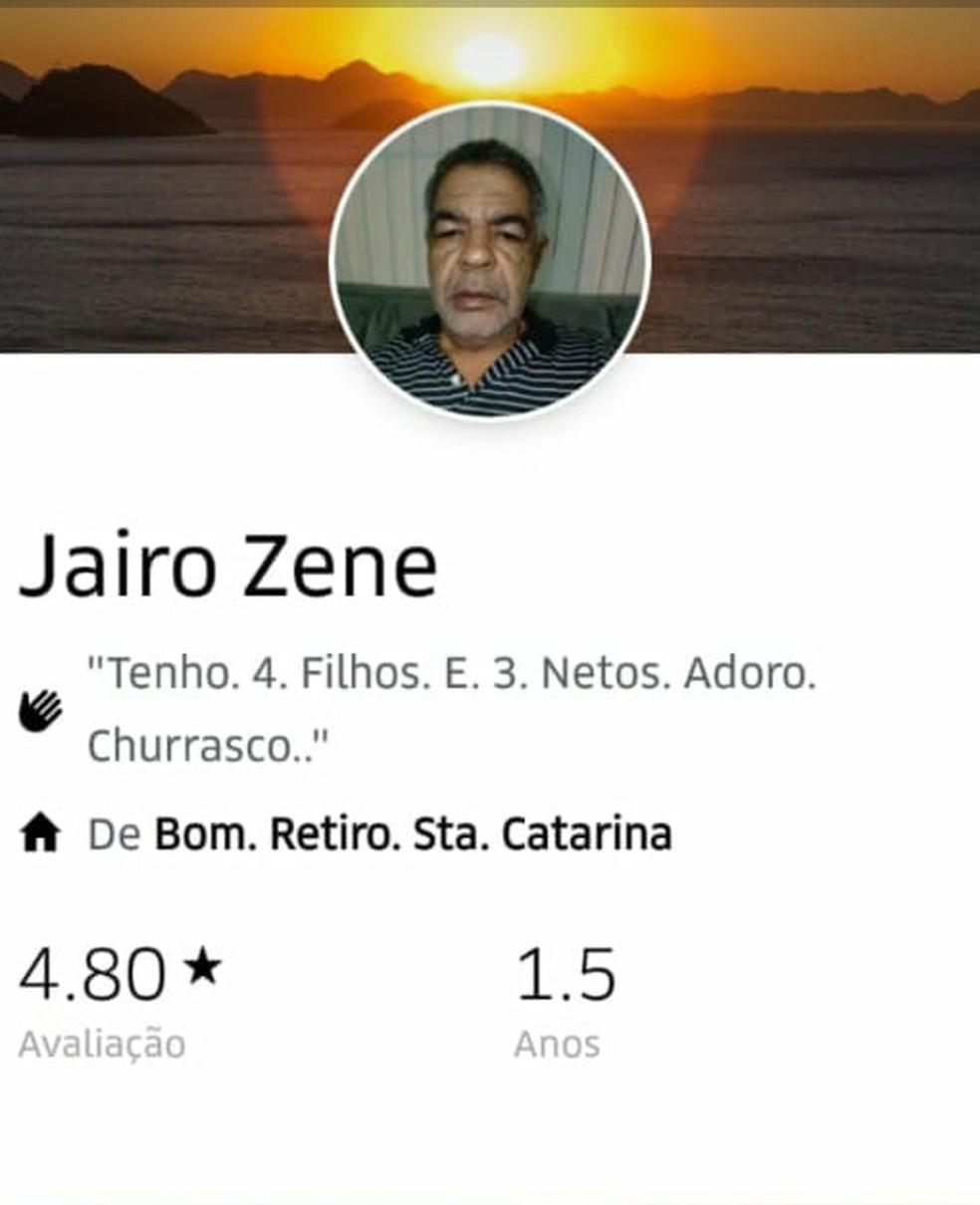 Motorista de aplicativo estava prestes a iniciar nova corrida quando foi baleado — Foto: G1 Santos