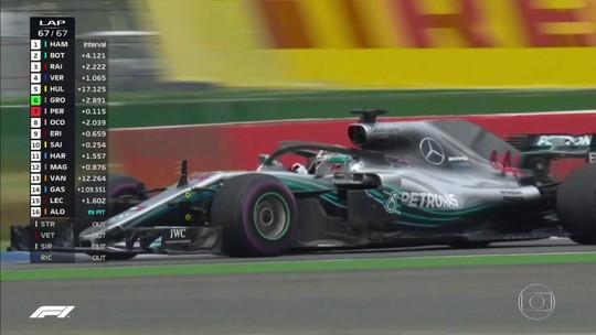 Que loucura! Vettel erra, Hamilton vence após largar em 14º e reassume liderança