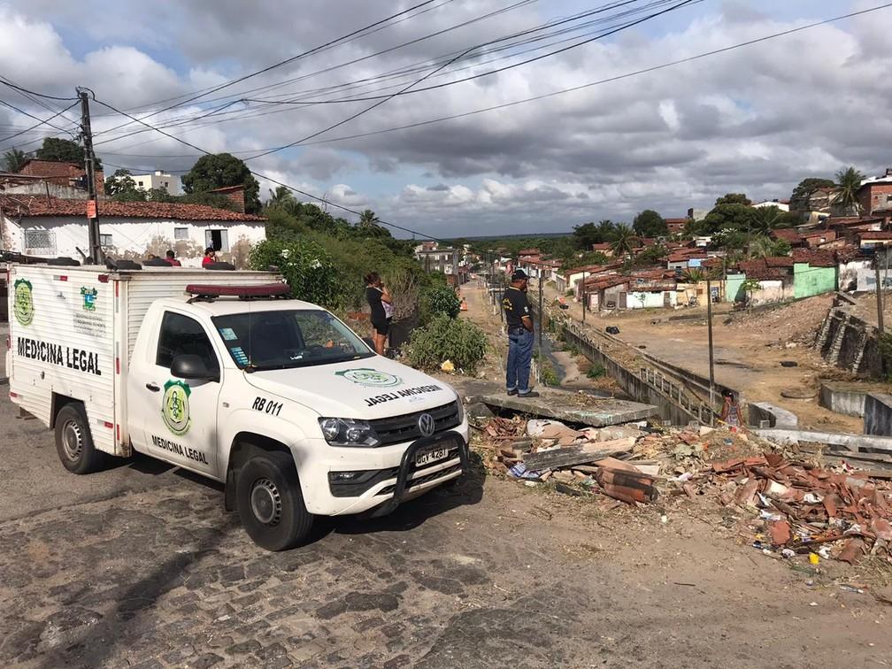 Assassinato aconteceu na madrugada desta sexta-feira (1º) na comunidade Novo Horizonte, em Natal.  — Foto: Kleber Teixeira/Inter TV Cabugi