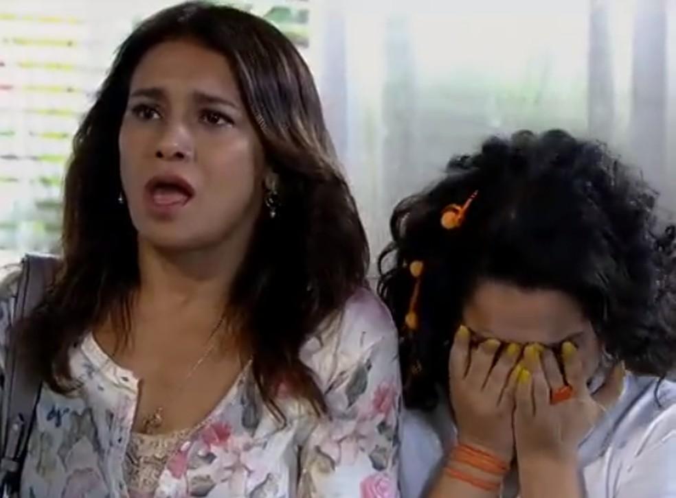 Celeste se desespera ao receber notícia de Baltazar: 'Meu marido morreu' — Foto: Globo