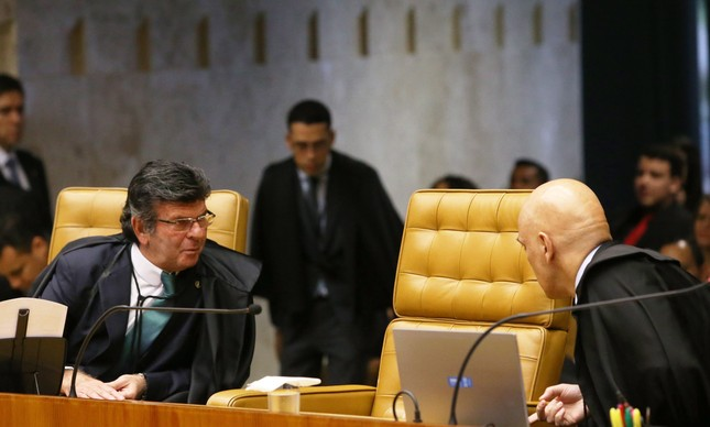 Luiz Fux conversa com Alexandre de Moraes