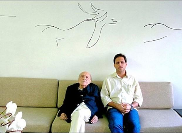 O arquiteto Oscar Niemeyer e seu bisneto, Paulo Sergio Niemeyer (Foto: Instituto Niemeyer/Divulgação)