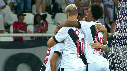 Pikachu finaliza duas vezes e marca para o Vasco diante do Botafogo