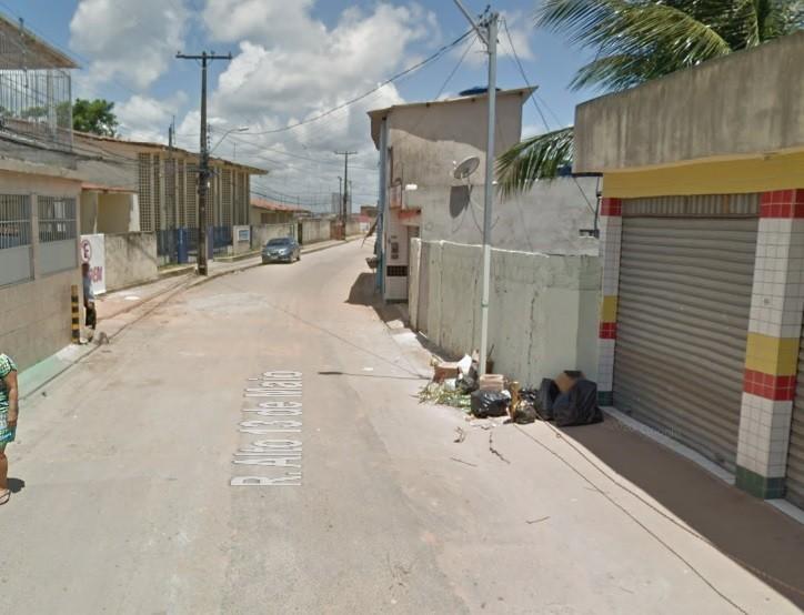Homem é assassinado a tiros e namorada dele fica ferida na Zona Norte do Recife