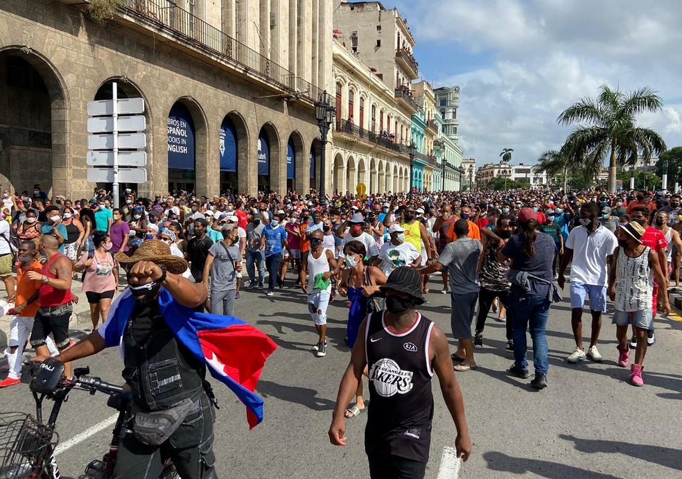 Cuba tem protestos contra o governo em meio a grave crise e piora da  pandemia | Mundo | G1