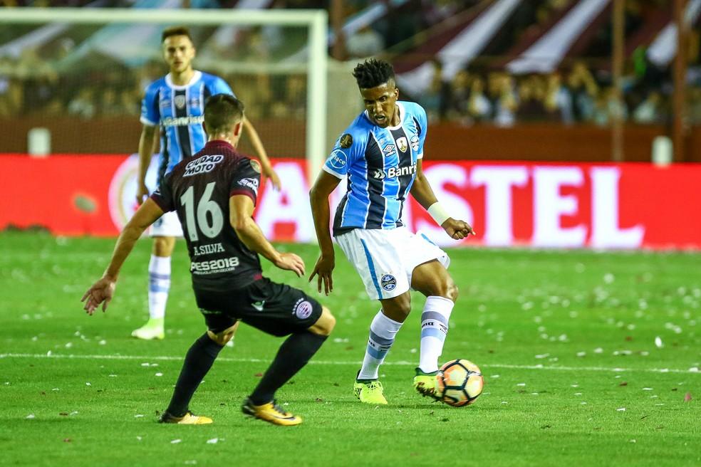 Cortez passou pelo crivo de Renato  (Foto: Lucas Uebel/Divulgação Grêmio)