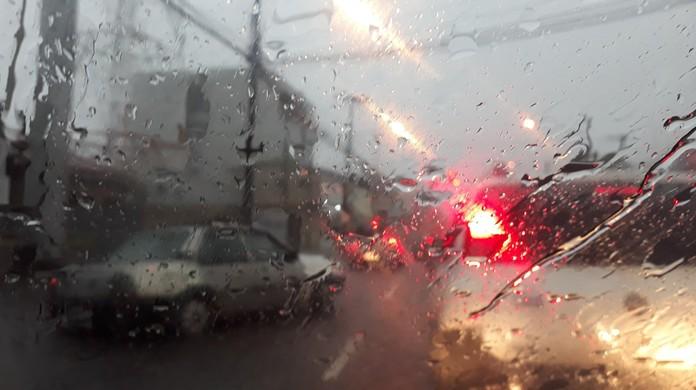 Resultado de imagem para Choveu cerca de 80 mm em 24 horas em João Pessoa, segundo Defesa Civil