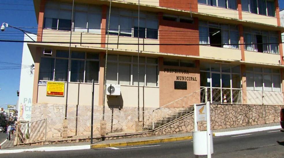 Proximidade com escola é um dos argumentos contra a obra em Campo Belo (Foto: Reprodução EPTV)