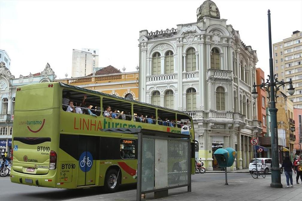 Para turistas, a tarifa do ônibus especial continua custando R$ 50 — Foto: Luiz Costa/SMCS