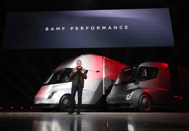 O caminhão elétrico futurista da Tesla (Foto: Divulgação/Tesla)