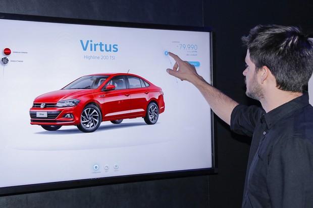 Com o DDX, o cliente pode escolher e personalizar seu carro por meio de um aplicativo (Foto: Divulgação)