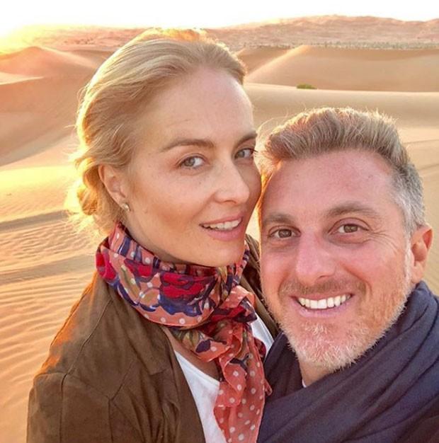 Angélica e Luciano Huck durante suas férias (Foto: Reprodução Instagram)