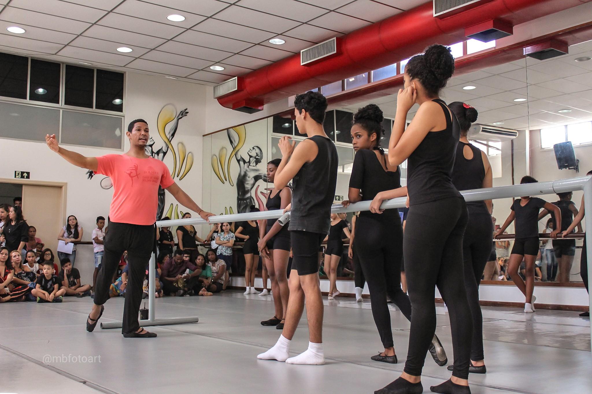Teatro Arthur Azevedo abre inscrições para cursos de artes gratuitos em São Luís