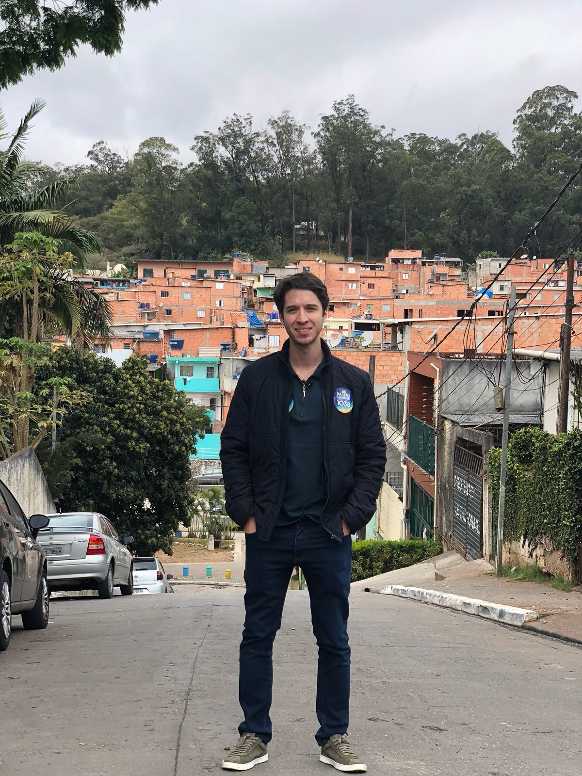 Gabriel Rocha Kanner na favela de Paraisópolis (Foto: Divulgação)