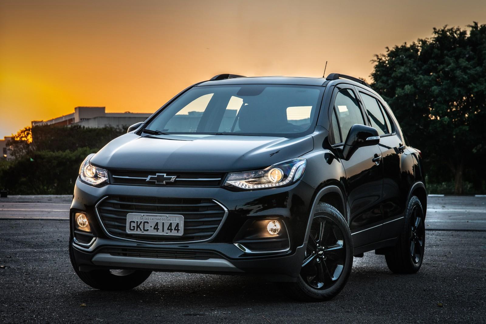 Chevrolet Tracker ganha controle de estabilidade de série e parte de R$ 92.190 na linha 2019 Chevrolet-tracker-midnight-4