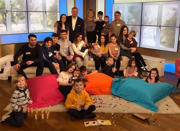 A família Radford é a maior do Reino Unido (Foto: Reprodução/ Instagram)