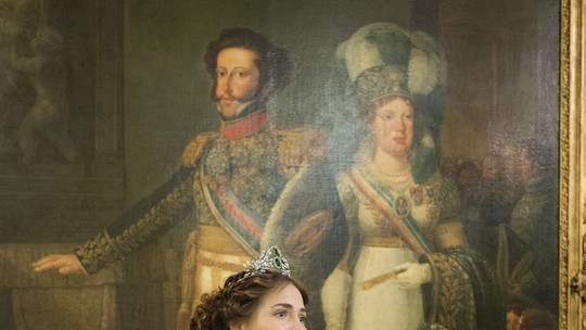 Destaque em 'Novo Mundo', nova novela das 6, atriz Letícia Colin manda mensagem para a região