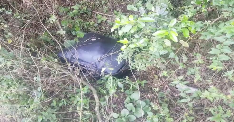 Corpo foi encontrado esquartejado dentro de uma mala em Farroupilha  — Foto: Reprodução / RBS TV