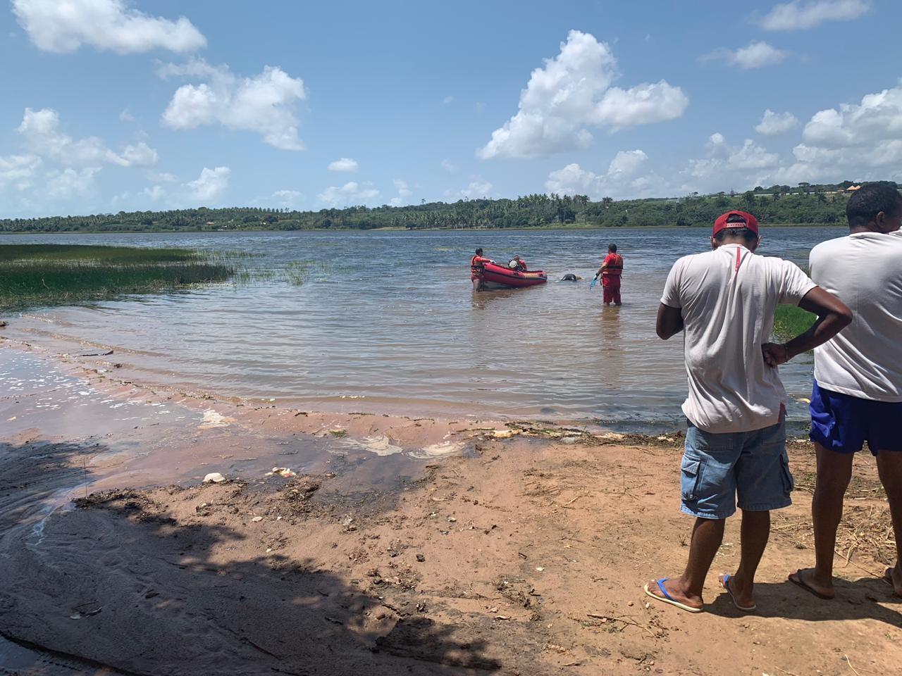 Jovem é encontrado morto amarrado pelo pescoço na Lagoa de Extremoz, RN - Notícias - Plantão Diário