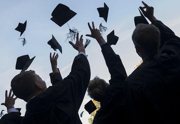graduação, mba, formatura, universidade, educação (Foto: Jens Schlueter/Getty Images)