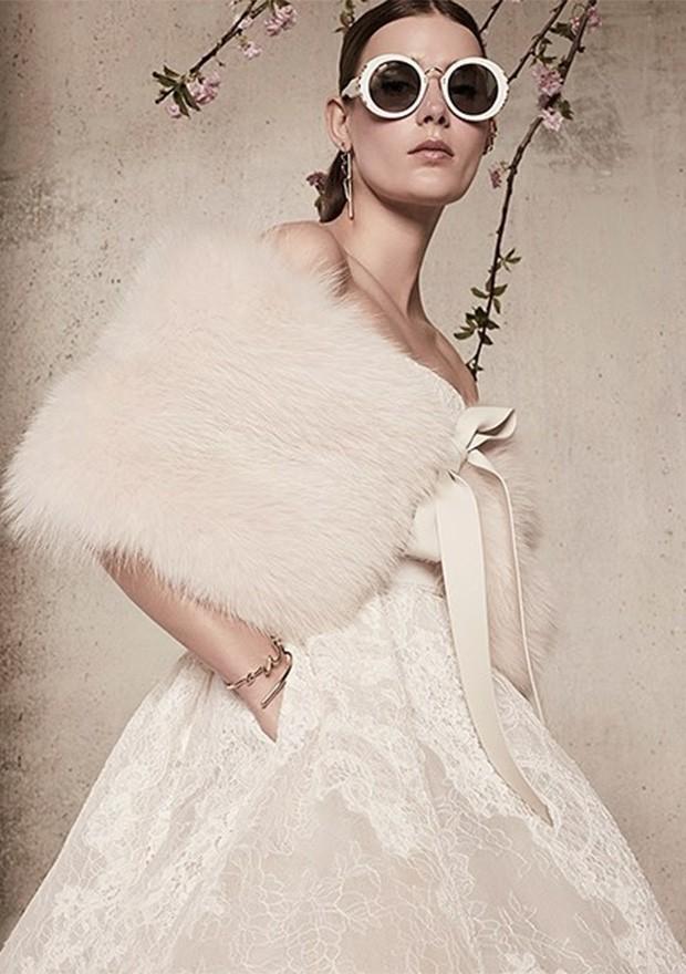 Vestido de noiva modernos e que prezam pelo conforto são a tendência do momento (Foto: Instagram / Elie Saab)