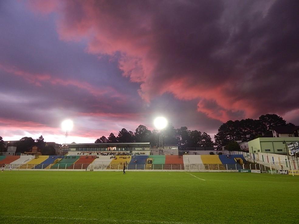 Estádio Antônio David Farina recebe Veranópolis e Inter — Foto  Luana  Trentin   Divulgação   d530af72c665f