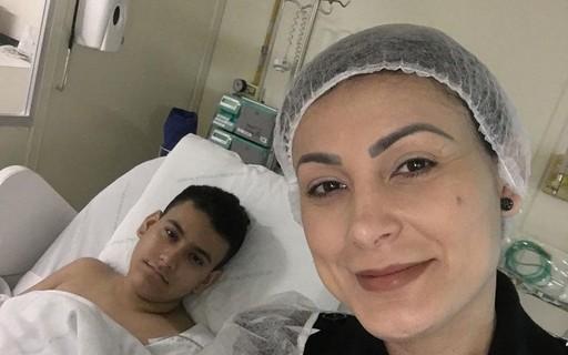 """Andressa Urach desabafa: """"Cheguei a pensar que eu ia perder meu filho"""""""