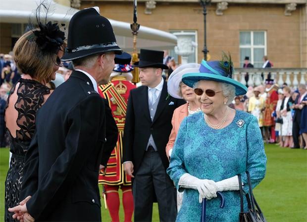 Rainha Elizabeth (Foto: Reprodução/Twitter)