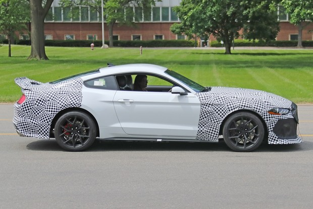 Ford Mustang Mach 1 (Foto: Automedia)