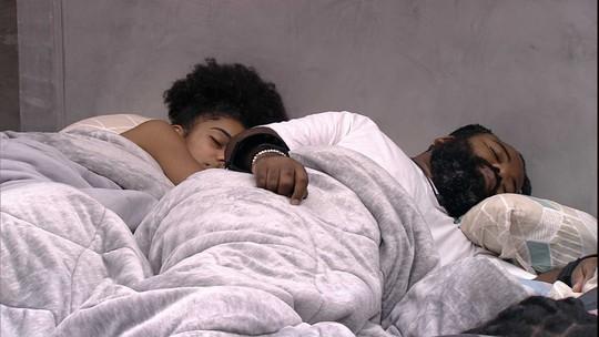 Rízia, Rodrigo, Gabriela e Alan voltam a dormir no Quarto Ouro