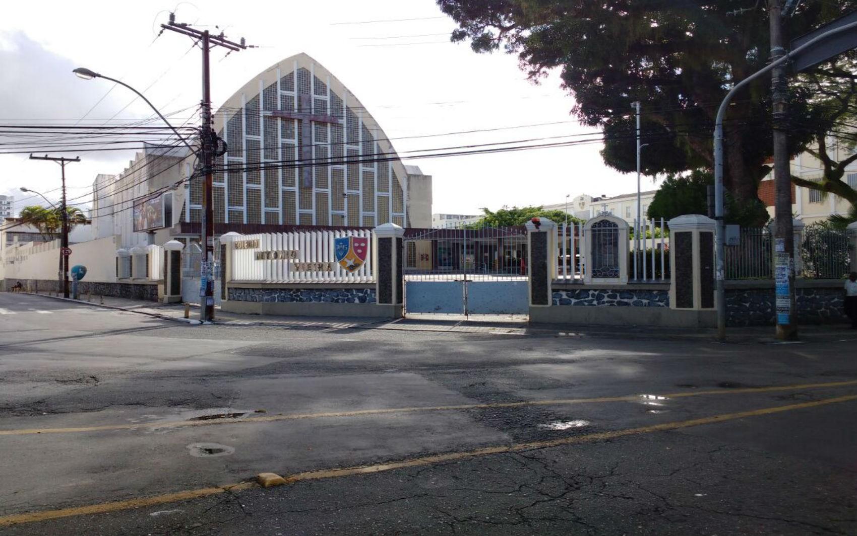 'Não tenho mais segurança para mandar meu filho', diz mãe de aluno de escola particular de Salvador após caso de Covid-19