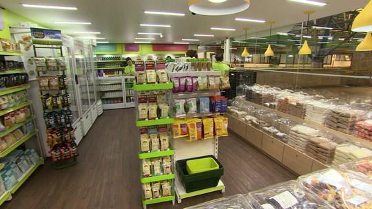 Empresária investe em quiosque de alimentos saudáveis no metrô de SP
