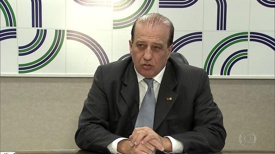 PF apreende documentos e celulares em casa de ministro do TCU