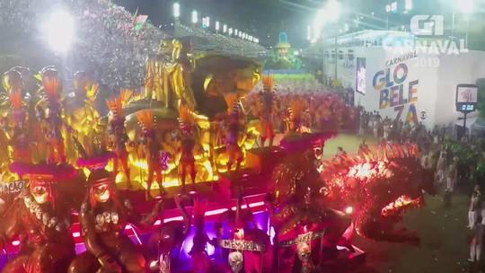 Mangueira ganha Estandarte de Ouro com enredo sobre os heróis da resistência no Brasil