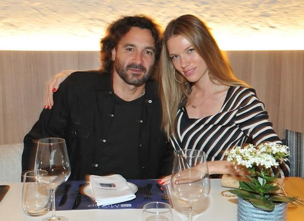 Rico Mansur e Melanie Ribbe (Foto: Cassiano de Souza/ Divulgação)