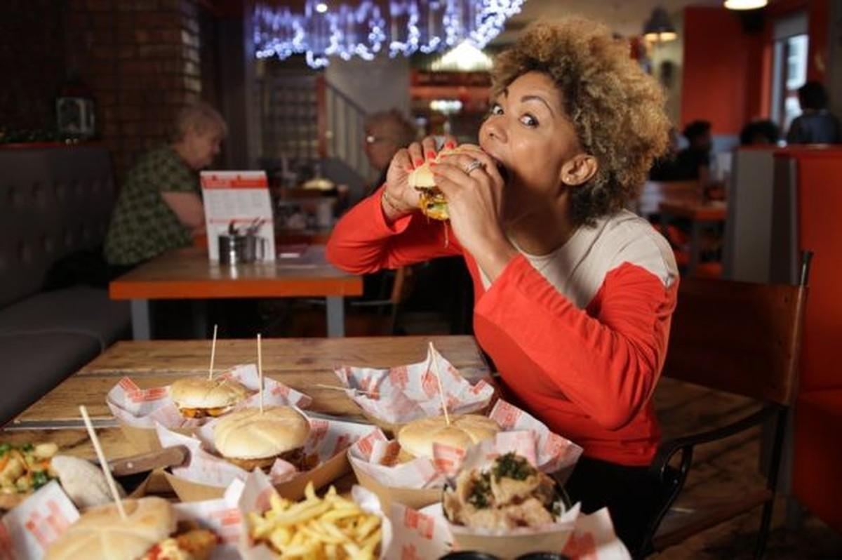 Por que comer mais gordura é mais prejudicial para os homens do que para as mulheres?