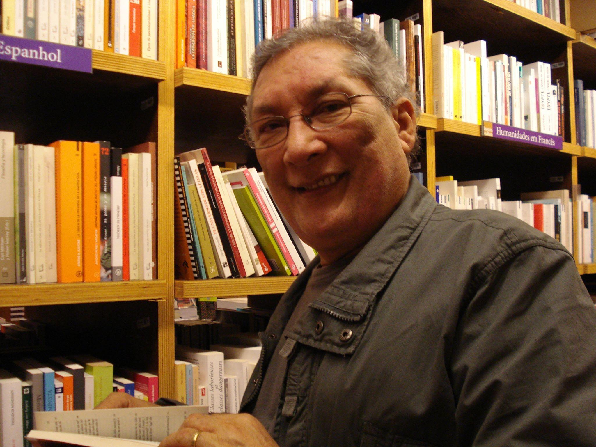 Salomão Larêdo lança livro sobre mulheres guerreiras da Amazônia