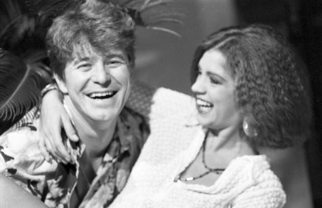 Miguel Falabella em uma de suas primeiras novelas, 'Selva de pedra' (1986), com Tássia Camargo (Foto: Arquivo)