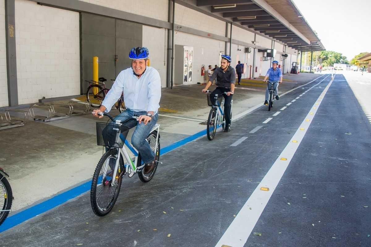 Funcionários da Bayer têm a sua disposição uma ciclovia interna com 700 metros (Foto: Divulgação)