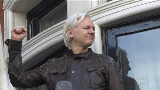 Ministério Público da Suécia pede prisão de Julian Assange por abuso sexual