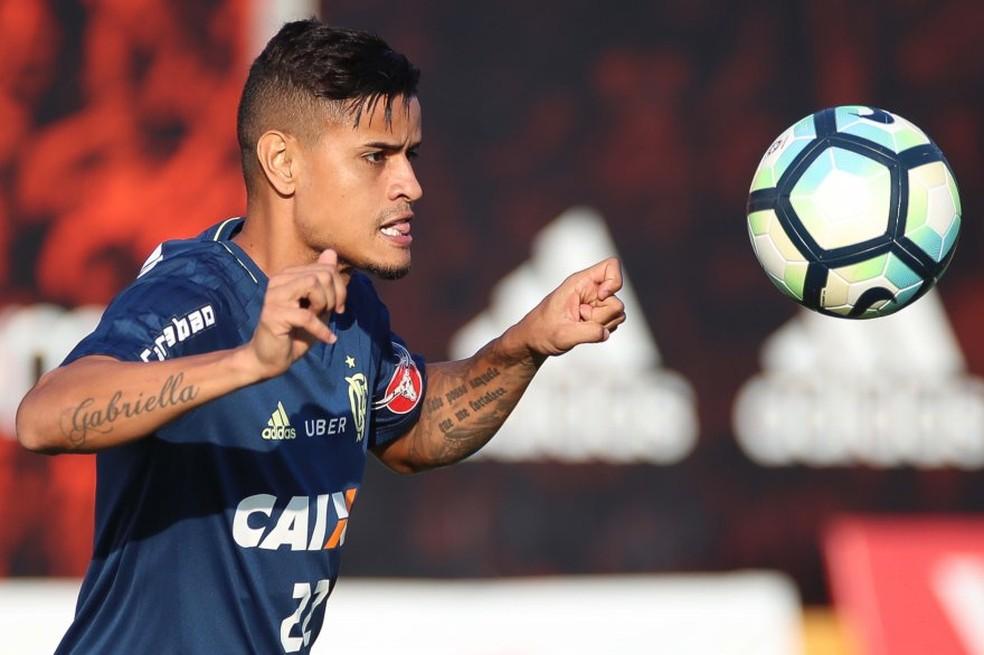 Everton desfalcou novamente o Flamengo no jogo de quinta-feira, quando a equipe venceu o Junior Barranquilla (Foto: Gilvan de Souza/Flamengo)