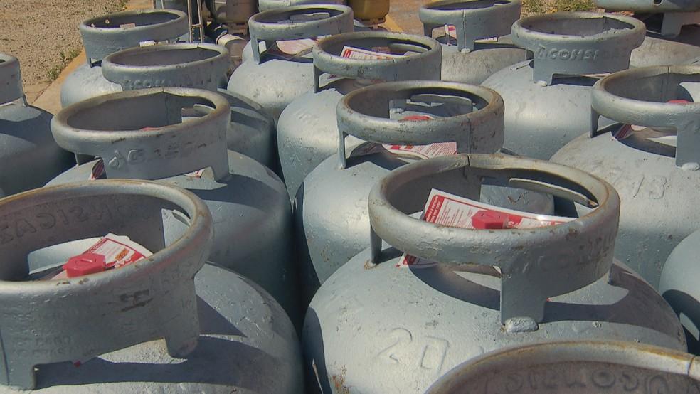 Preços do botijão de gás subiram mais de 5% desde novembro — Foto: Reprodução/TV Globo