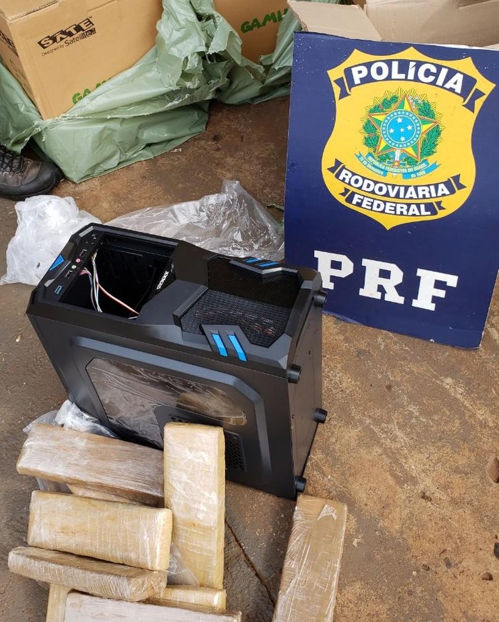 A PRF encontrou 41 quilos de maconha dentro de gabinetes de computador — Foto: PRF/Divulgação