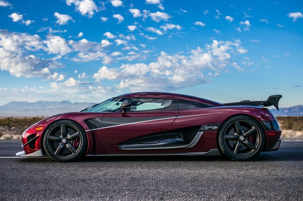 koenigsegg agera rs pode ser o maior devorador de recordes que voc j viu auto esporte not cias. Black Bedroom Furniture Sets. Home Design Ideas