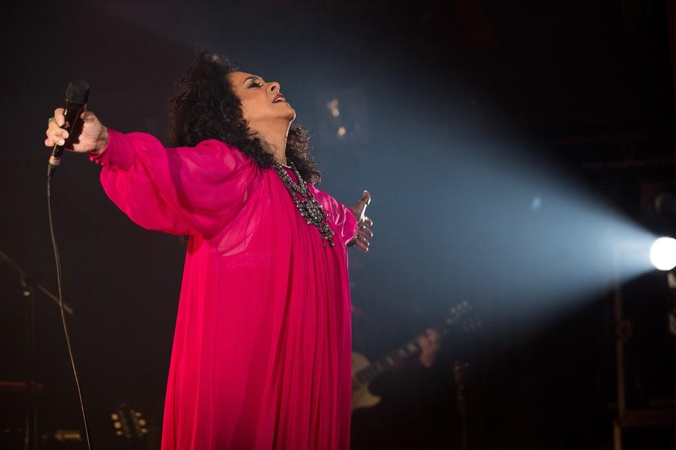 Gal Costa na gravação do show 'A pele do futuro' em São Paulo — Foto: Marcos Hermes / Divulgação