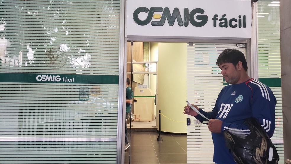 Conta de luz pode ficar mais barata este mês. — Foto: Gabi Coelho/G1
