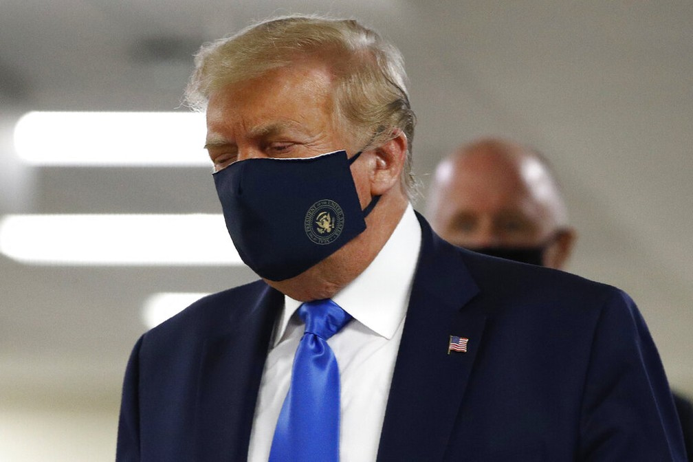 Trump aparece pela primeira vez em público usando máscara | Mundo | G1