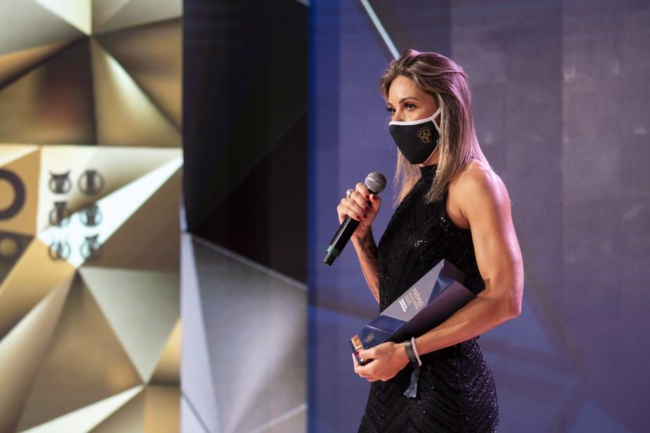 Gabi Zanotti, meia e capitã do Corinthians, é eleita a craque do Brasileirão Feminino 2020