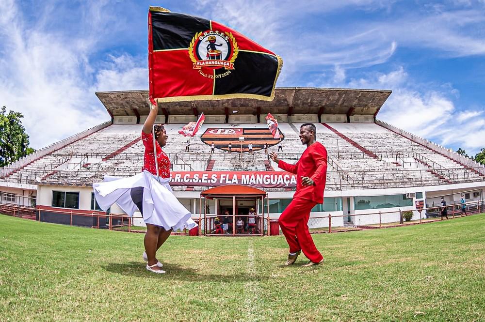 Escola de samba Flamanguaça busca recursos para fazer estreia em Carnaval do Rio