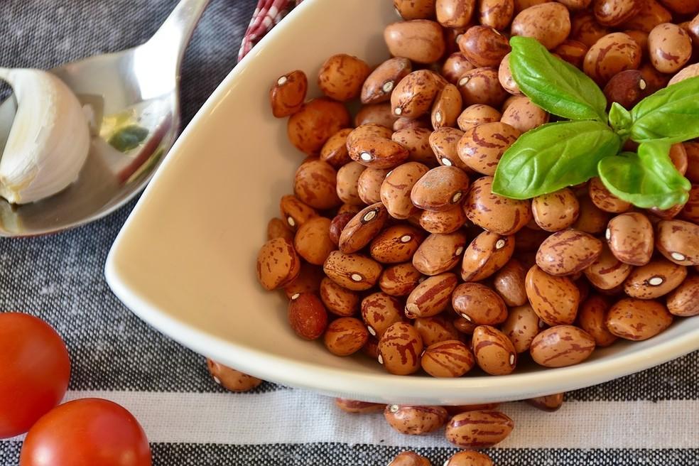 Arroz e feijão juntos compõem todos os aminoácidos essenciais — Foto: Divulgação